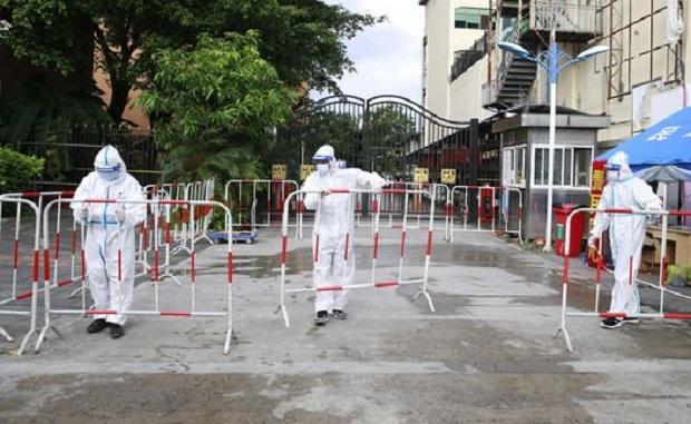 Καθολικό lockdown σε πόλη της Κίνας