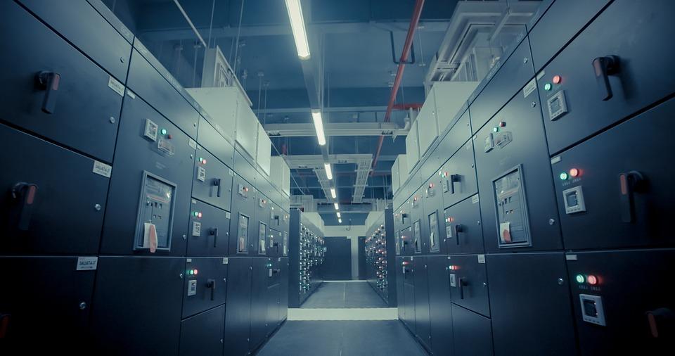 Τι είναι τα data centers – Τα οφέλη από την ίδρυση Κέντρου Δεδομένων στη χώρα μας