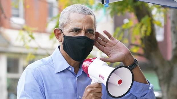 Ο Ομπάμα… κάνει ψήφους στον Μπάιντεν