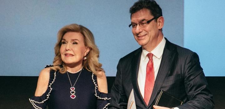 Συγχαρητήρια επιστολή στον CEO της Pfizer Δρ. Αλβέρτο Μπουρλά από την Μαριάννα Β. Βαρδινογιάννη