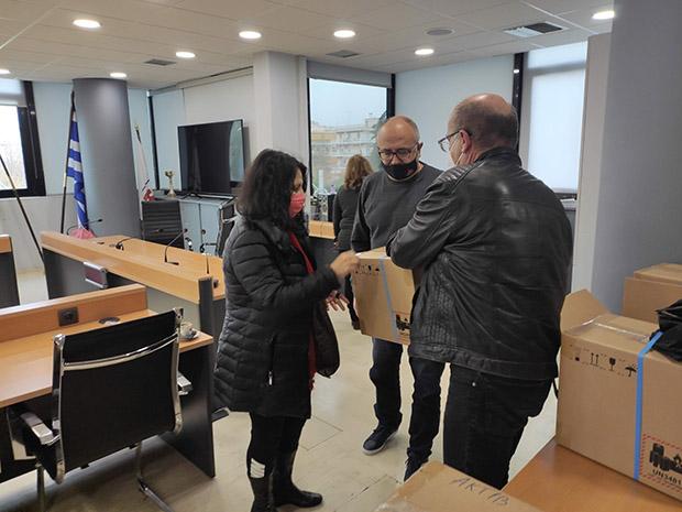 Δωρεάν tablets για τηλεκπαίδευση από τον Δήμο Ηρακλείου Αττικής σε οικογένειες της πόλης
