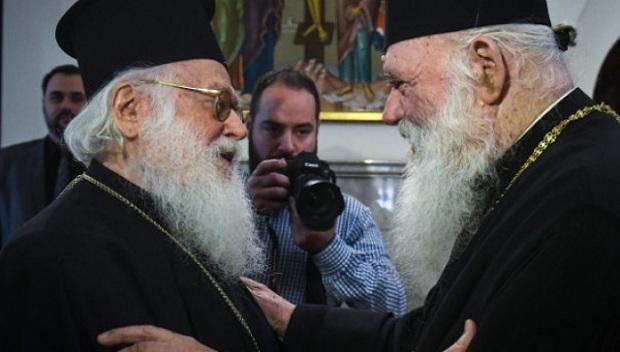 «Προσφορά» στους πιστούς η ασθένεια των Αρχιεπισκόπων Αλβανίας και Αθηνών