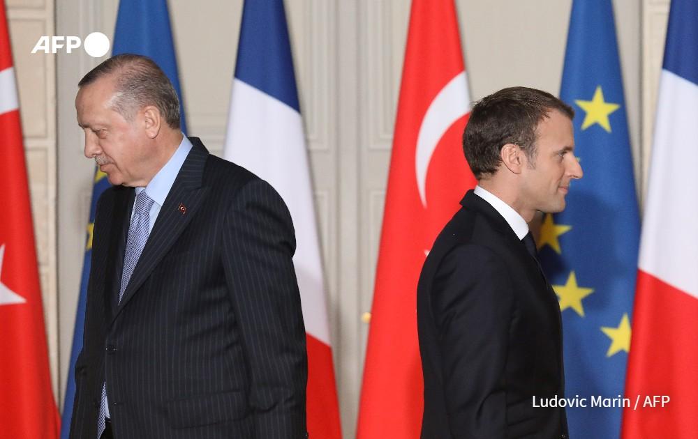 Ο Μακρόν υψώνει «τείχος» στον Ερντογάν – Η Γαλλία τα βάζει με τον ισλαμισμό