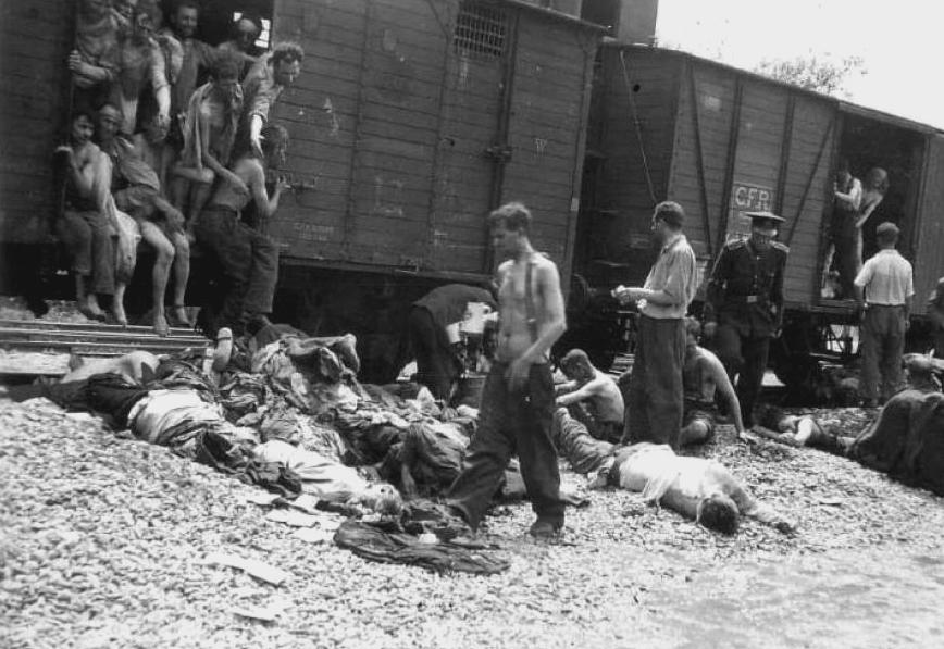 """Μνήμη Ολοκαυτώματος: """"Συνέβη, επομένως μπορεί και να ξανασυμβεί"""" (φωτο)"""