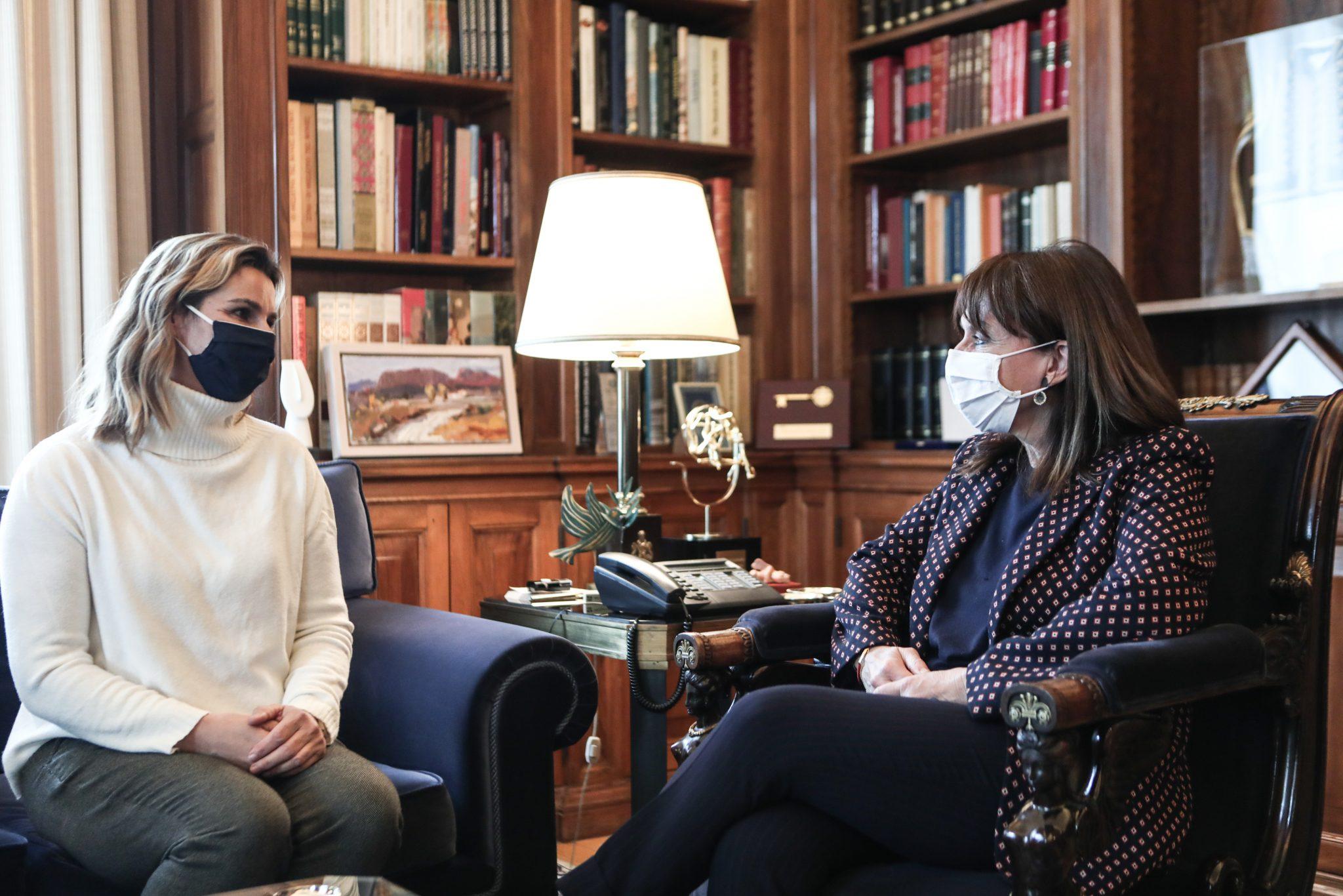 Στο Προεδρικό η Σοφία Μπεκατώρου – Συνάντηση με την ΠτΔ Κ. Σακελλαροπούλου