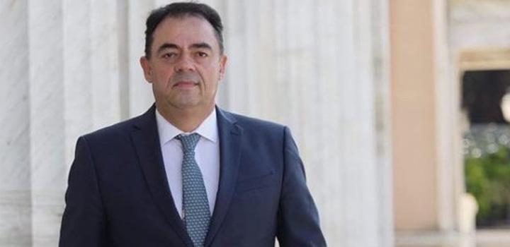 """Δημήτρης Κωνσταντόπουλος στο """"Π"""": Αλλαγές στα εργασιακά δίχως πνεύμα προόδου"""