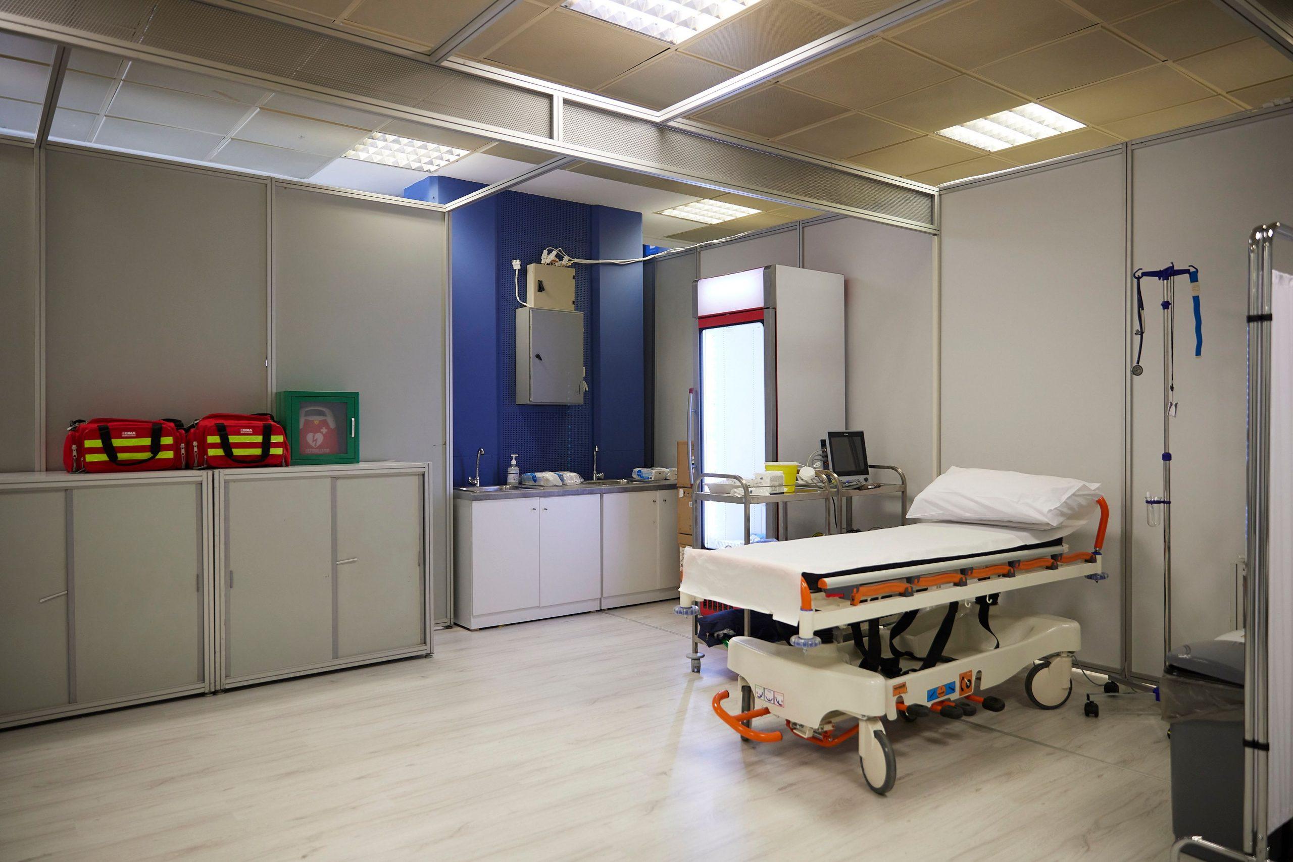 ΕΚΠΑ: Υψηλότερος κίνδυνος νοσηλείας από το στέλεχος ΔΕΛΤΑ