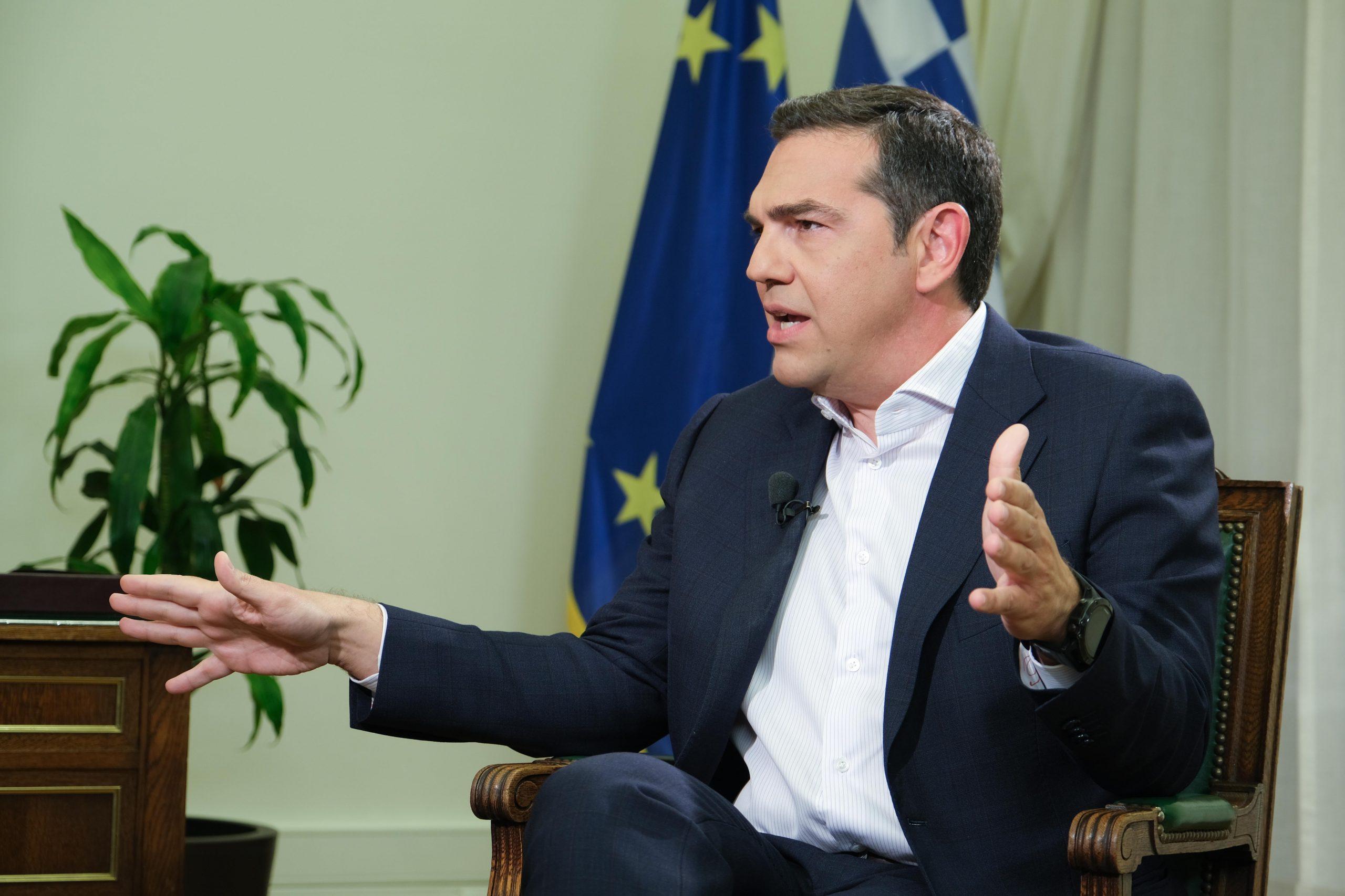 """Τσίπρας: """"Αν φυγομαχήσει, θα υποστεί δεινή πολιτική ήττα"""" – Στην πρώτη γραμμή νέα και άφθαρτα στελέχη βγάζει ο πρόεδρος του ΣΥΡΙΖΑ"""