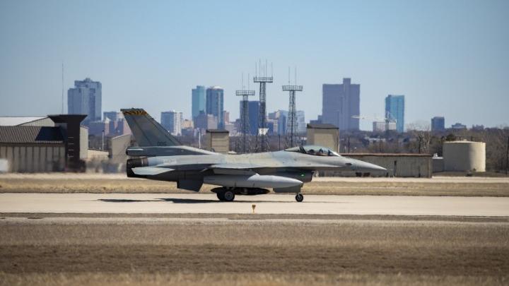 Στο Τέξας των ΗΠΑ το πρώτο αναβαθμισμένο σε Viper ελληνικό F-16