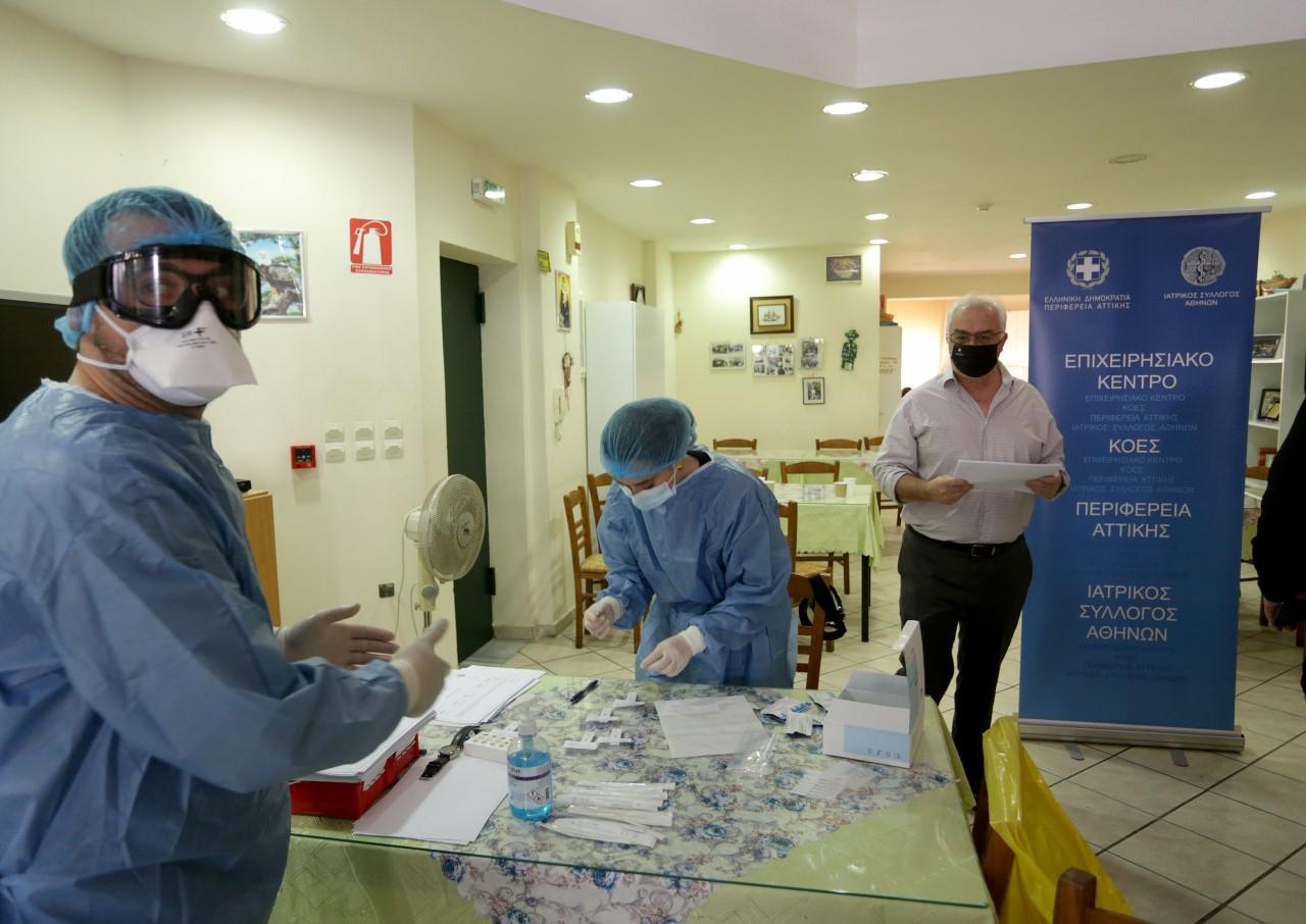 Μάκης Κουρής: Στο άγνωστο με βάρκα χωρίς ελπίδα, με τα εμβόλια να καθυστερούν και τον κορονοϊό να παίρνει ζωές…