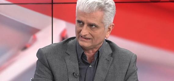 """Νίκος Κογιουμτζής στο """"Π"""": Λιανεμπόριο στη διασωλήνωση"""