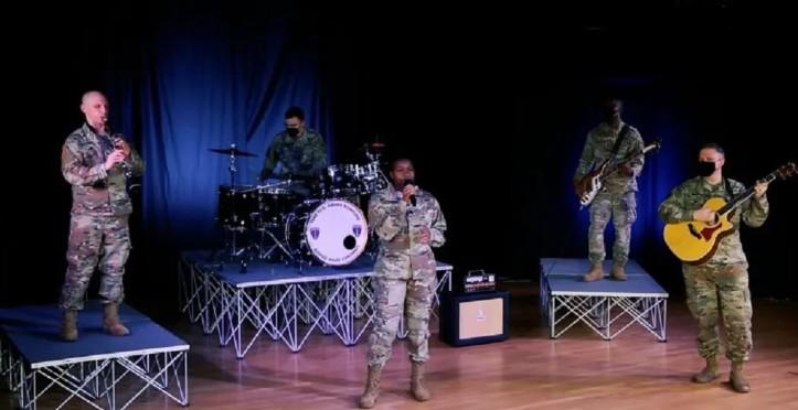 Εντυπωσιακό… Ο «Χορός του Ζαλόγγου» από μπάντα του αμερικανικού στρατού (video)
