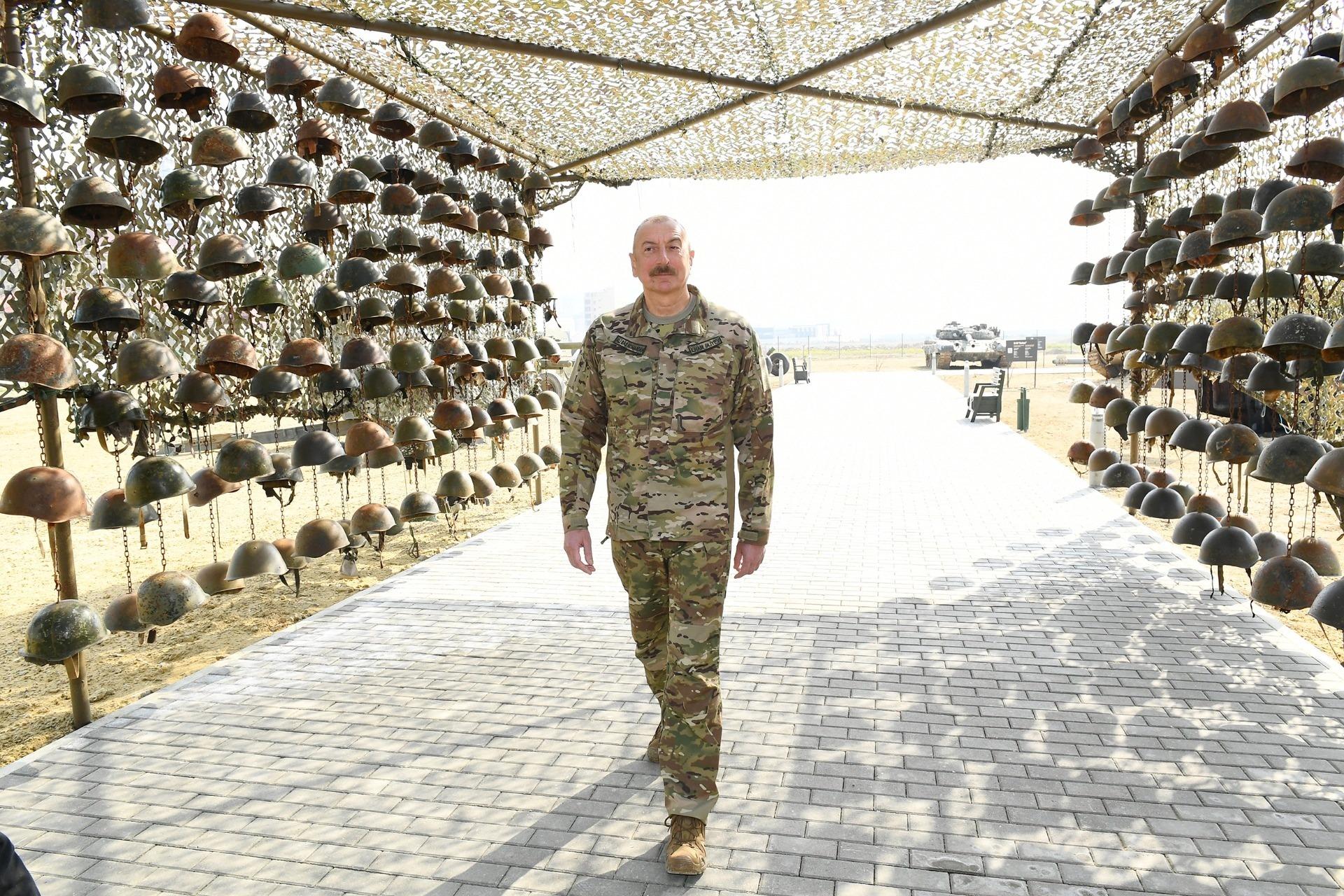 """Ανάρτηση του Νίκου Ανδρουλάκη στα Social Media: Ένα μνημείο βαρβαρότητας με """"τρόπαια"""" το Military Trophy Park του Προέδρου του Αζερμπαιτζάν Ilham Aliyev!"""