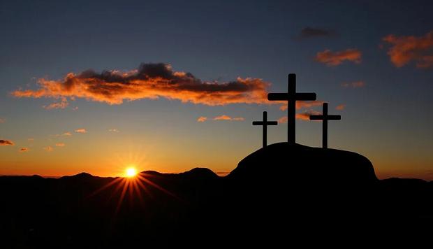 Μάκης Κουρής: Την Ανάσταση αναζητούμε…