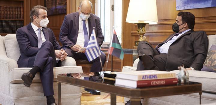 Την άμεση επανεκκίνηση των συνομιλιών Ελλάδος – Λιβύης για οριοθέτηση Θαλασσίων Ζωνών, συμφώνησαν ο Κυρ.Μητσοτάκης με τον πρόεδρο της Λιβύης