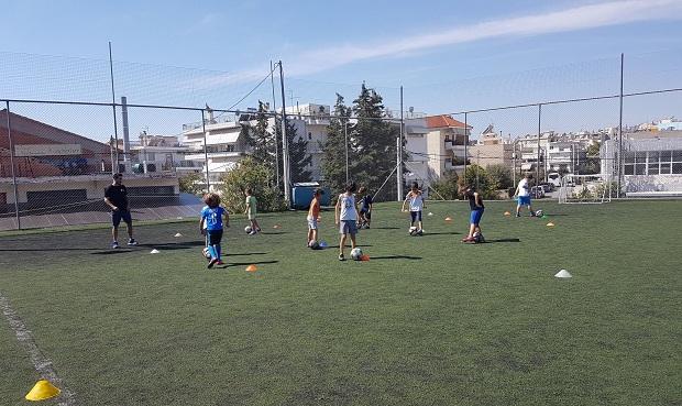Προπονήσεις ποδοσφαίρου για παιδιά ειδικής αγωγής από τις Ακαδημίες του Δήμου Ηρακλείου Αττικής και τη δημοτική επιχείρηση ΚΕΑΕΔΗΑ