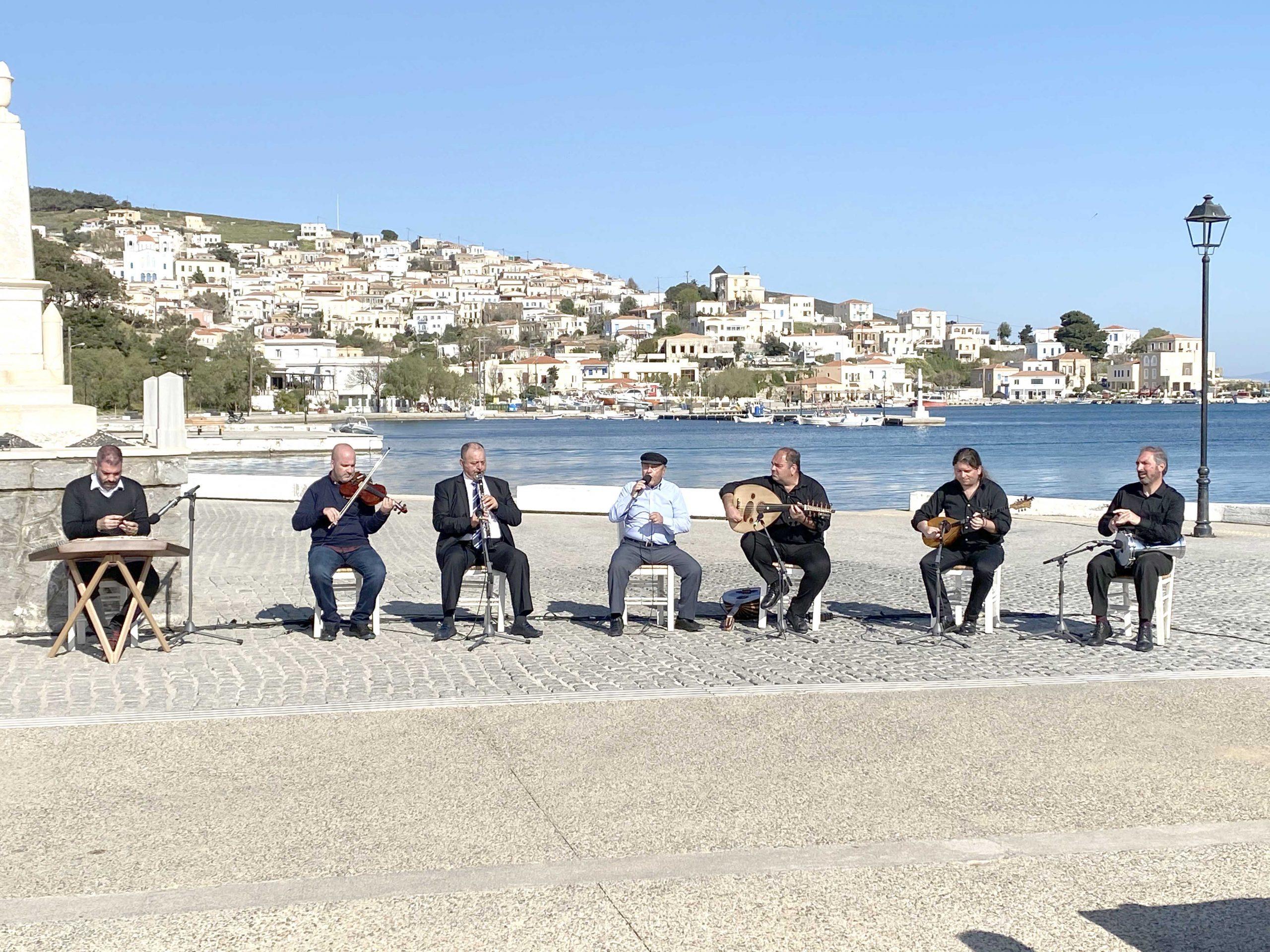 «Το αλάτι της γης» γιορτάζει τα 10 χρόνια τηλεοπτικής πορείας του με «Μικρασιάτικες μνήμες» από τις Οινούσσες και τη Χίο