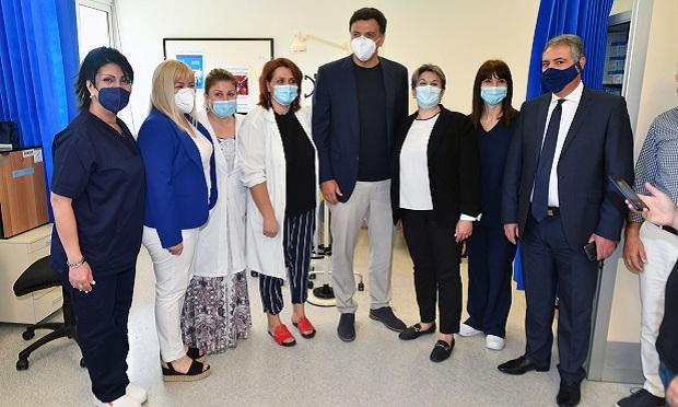 Την κτηριακή, ψηφιακή και ενεργειακή αναβάθμιση των Νοσοκομείων, Κέντρων Υγείας και Περιφερειακών Ιατρείων της χώρας, ανακοίνωσε από την Καλαμάτα ο Υπουργός Υγείας Βασίλης Κικίλιας