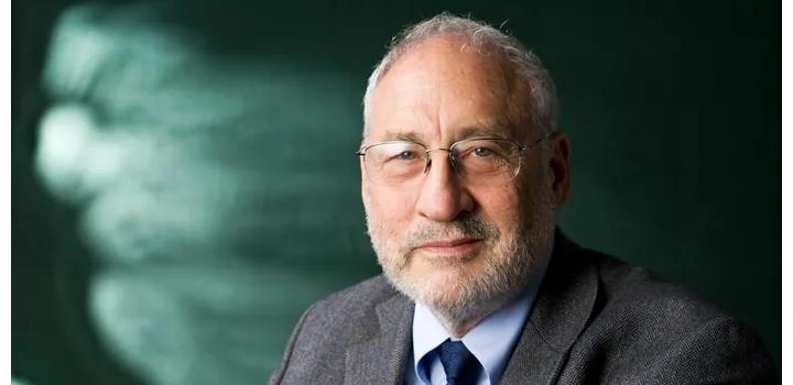 Robert Stiglitz: Οι πρώτες 100 ημέρες του Τζό Μπάιντεν στο τιμόνι των ΗΠΑ ήταν εντυπωσιακές