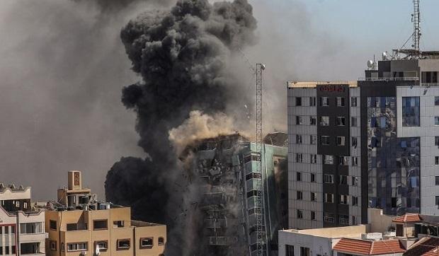 Στη δίνη της κρίσης της Μέσης Ανατολής