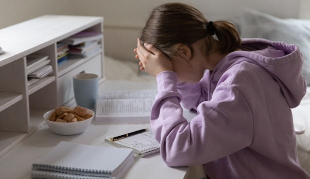 Αυξήθηκαν οι αυτοκαταστροφικές συμπεριφορές των εφήβων με την επιστροφή στο σχολείο