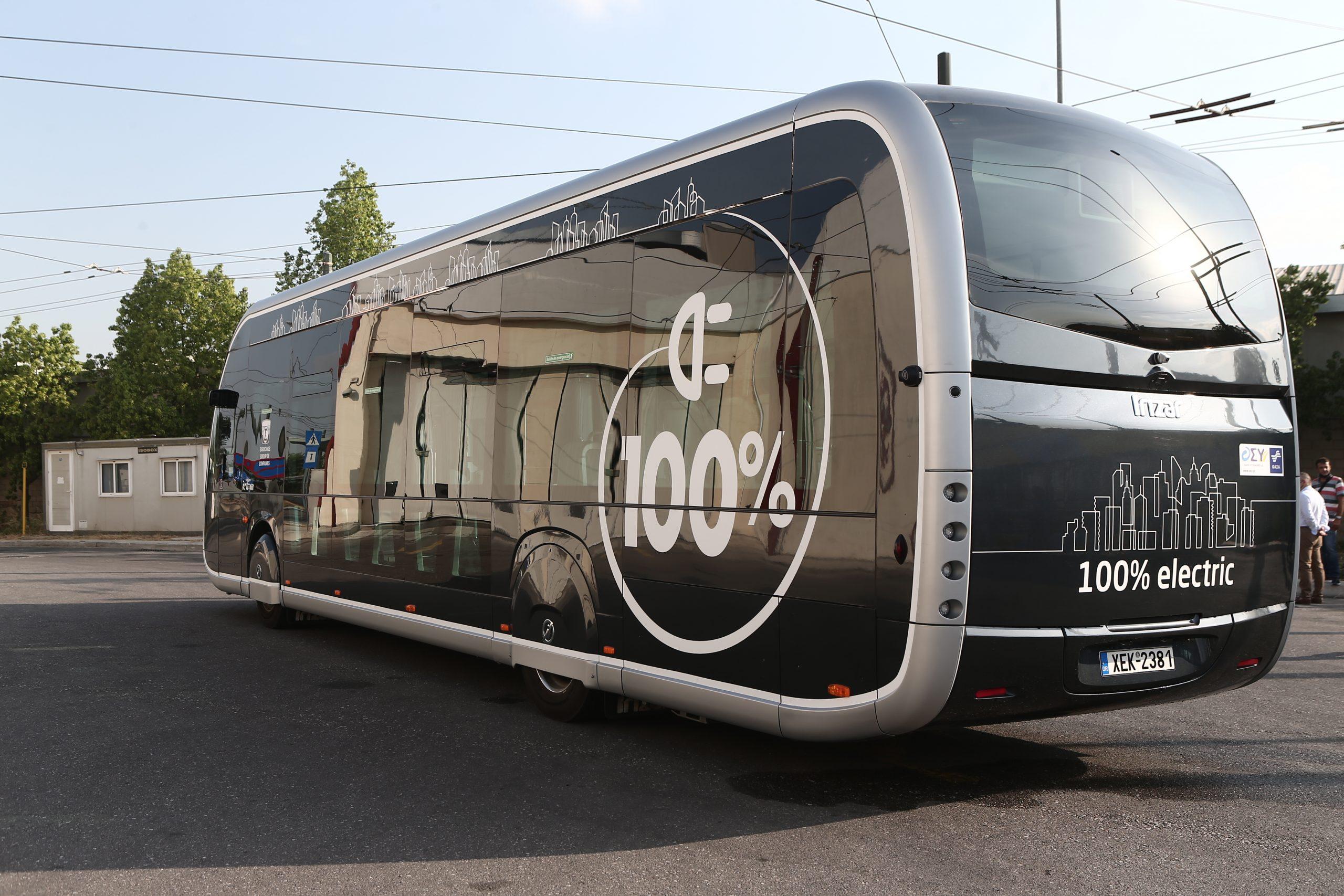 Ηλεκτρικό λεωφορείο στη γραμμή Παγκράτι- Κυψέλη – Δοκιμαστική διαδρομή παρουσία του υπουργού Μεταφορών