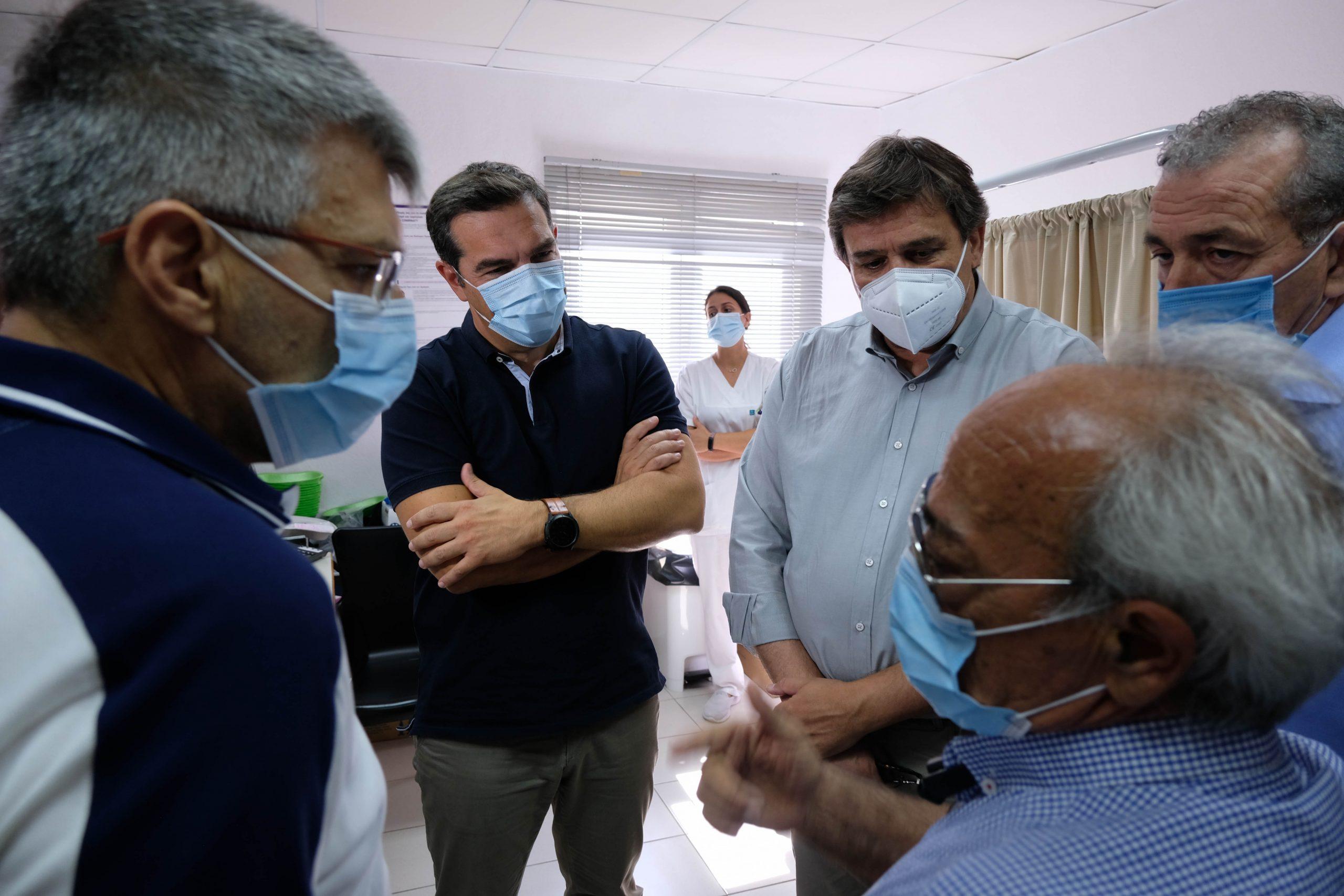 Αλ. Τσίπρας: Μην τολμήσει η κυβέρνηση να προχωρήσει σε συγχωνεύσεις νοσοκομείων και περιορισμό του προσωπικού