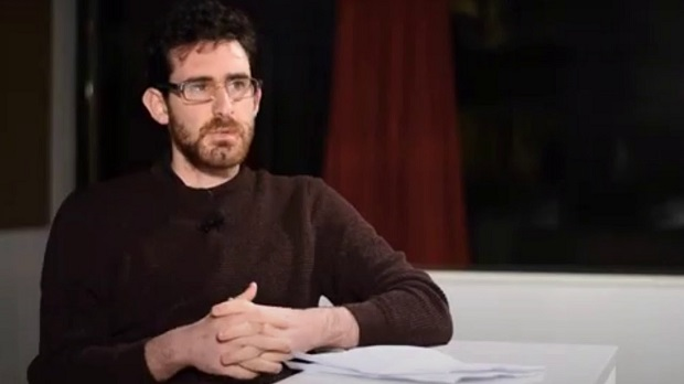 """Αιμίλιος Κακλαμάνος στο """"Π"""": Αν δεν αγωνισθεί ο λαός, τα πράγματα θα γίνουν χειρότερα"""