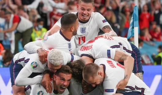 Η Αγγλία στον τελικό μετά από 55 χρόνια – Νίκησε 2-1 την Δανία