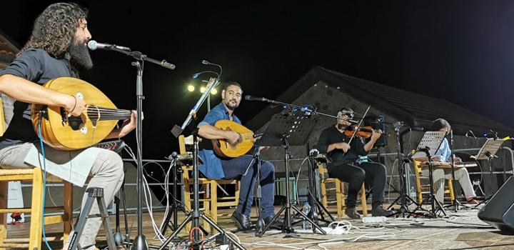 5ο Φεστιβάλ Ρεμπέτικου, «Η Σύρα του Μάρκου Βαμβακάρη» – Μια μεγάλη συναυλία! (Φωτο)