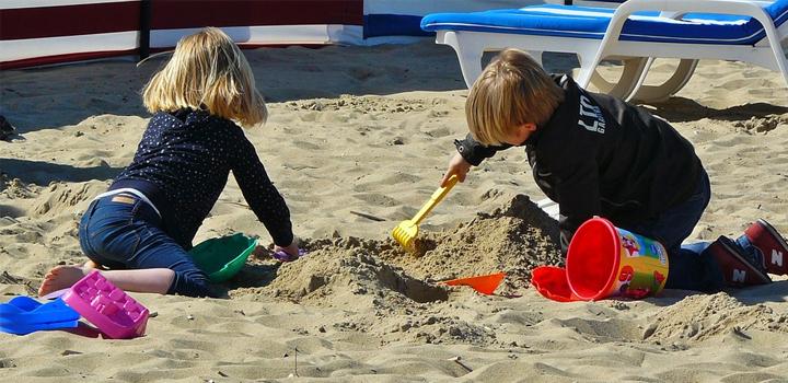 Πώς να προστατεύσετε τα παιδιά από τον ήλιο!
