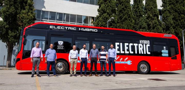 Όμιλος Επιχειρήσεων Σαρακάκη: Παρέδωσε το Πρώτο Υβριδικό Λεωφορείο Volvo 7900 Full Hybrid για αστική συγκοινωνία στην Ελλάδα