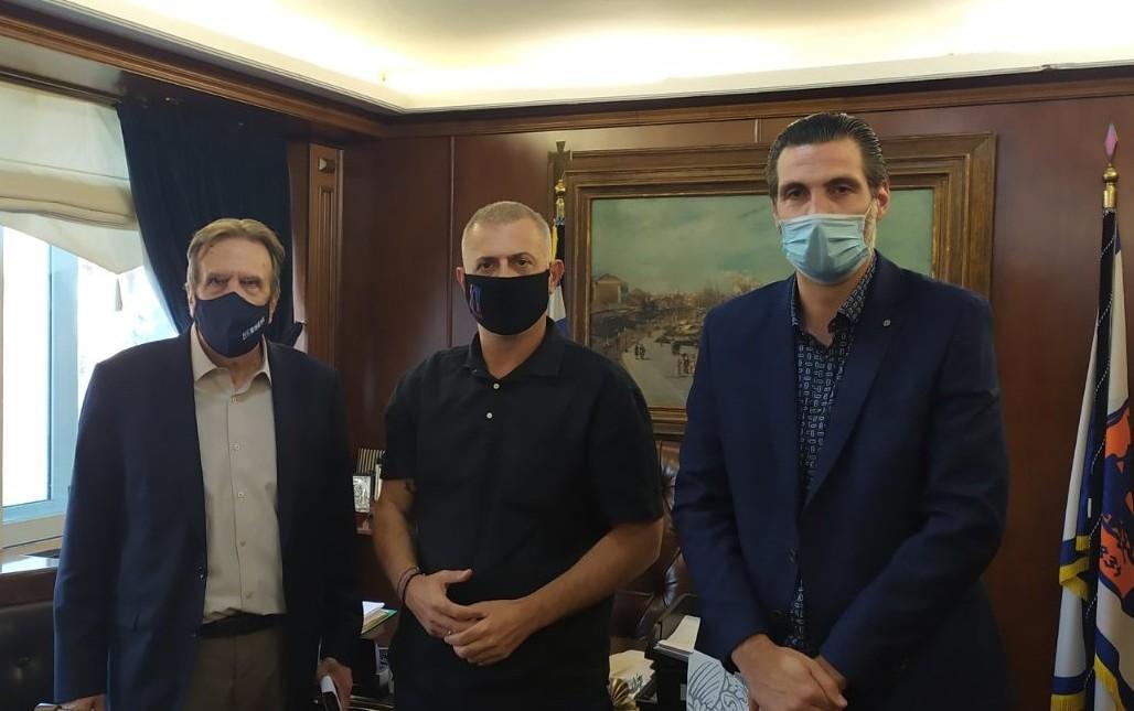 Σύναψη τριμερούς μνημονίου συνεργασίας μεταξύ του Δήμου Πειραιά, της Ε.Σ.Ε.Ε. και του Ε.Σ.Π.