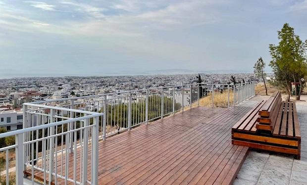 Δήμος Γλυφάδας: Το ωραιότερο δημόσιο μπαλκόνι με θέα είναι στην Αιξωνή
