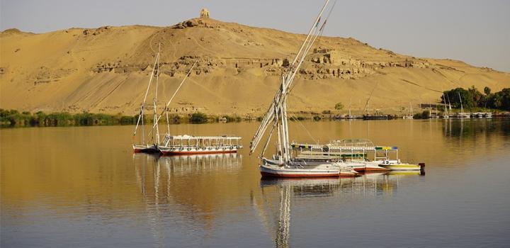 """Το """"TRAVEL GUIDE"""" με τον Θάνο Παπαδημητρίου ταξιδεύει στην Αίγυπτο απόψε στο OPEN"""