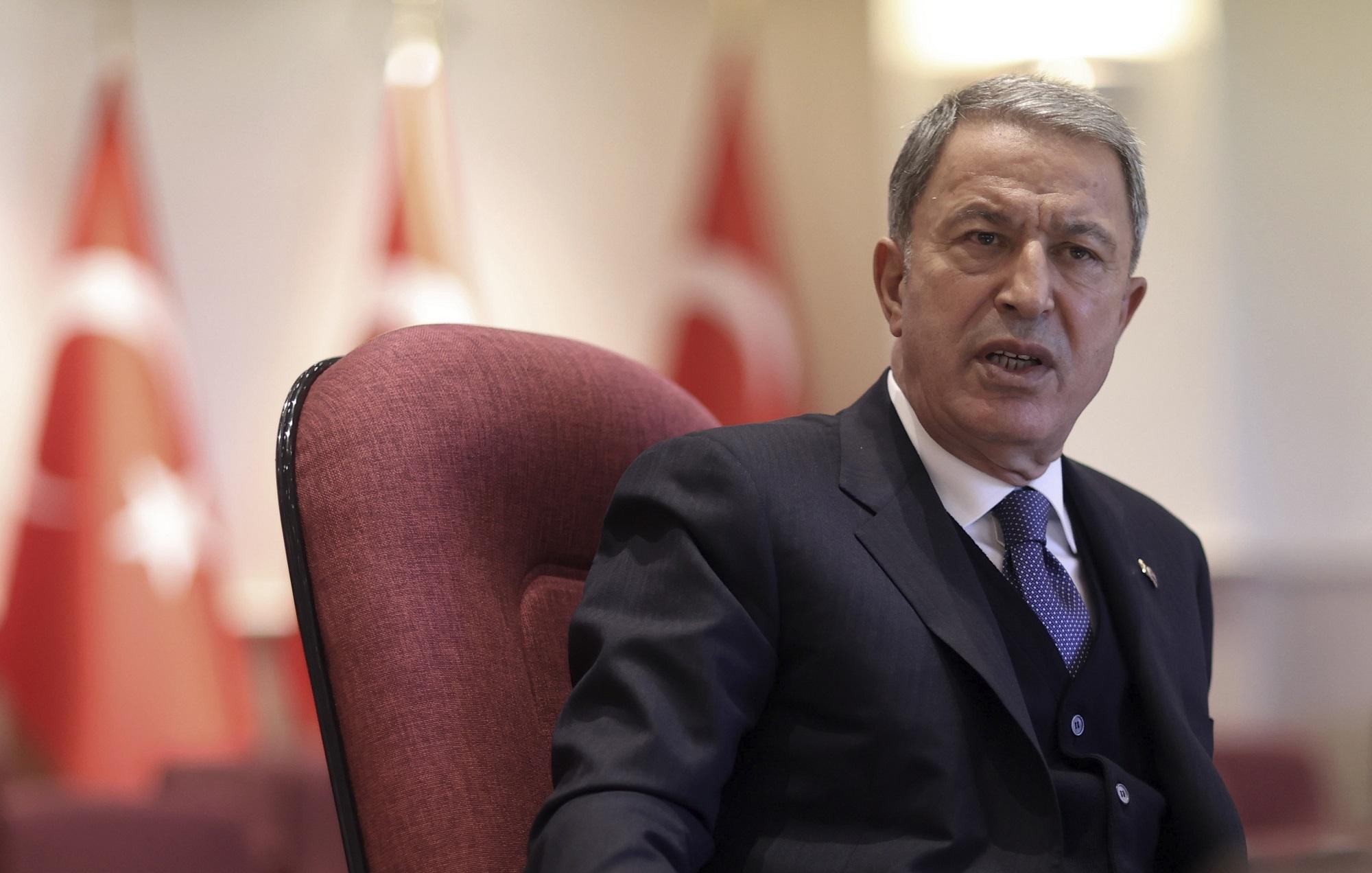 Χ. Ακάρ: «Μάταιες οι προσπάθειες της Ελλάδας να αποκτήσει υπεροχή έναντι της Τουρκίας»