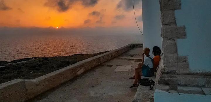 Μοναδικό ηλιοβασίλεμα στον Φάρο του Γέρο Γόμπου