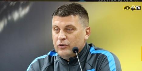 """Βλάνταν Μιλόγεβιτς: """"Είμαστε μια νέα ομάδα, χρειάζεται χρόνος, αλλά καταλαβαίνω ότι σαν προπονητής δεν τον έχω"""""""