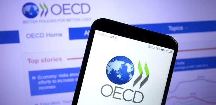 """""""Λευκός καπνός"""" για μίνιμουμ παγκόσμιο εταιρικό φόρο 15% – Συμφώνησαν 136 χώρες"""